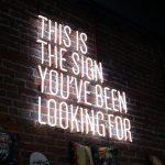 Maid Marian: Erkenne die Zeichen – Oder: Warum?